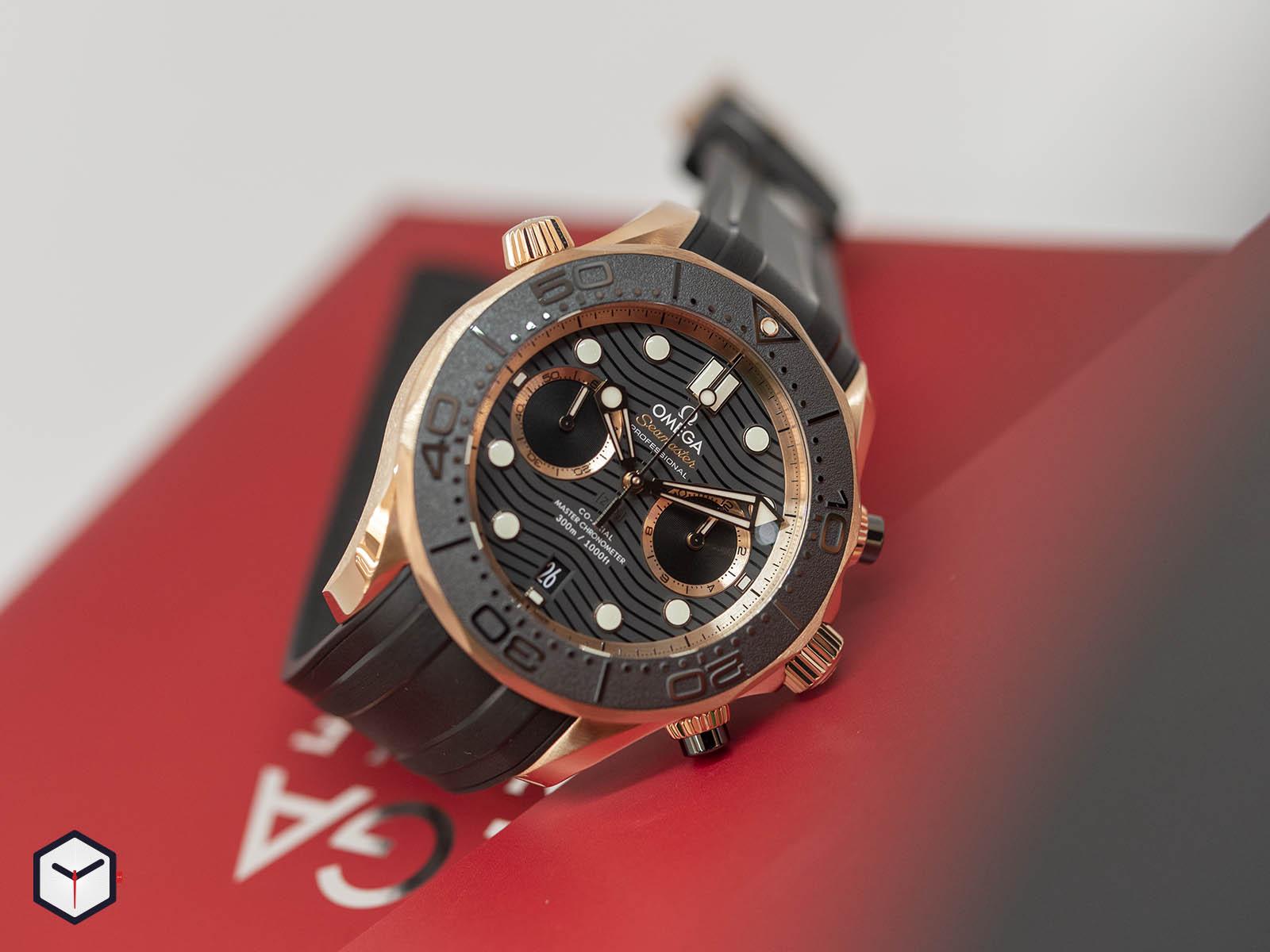 210-62-44-51-01-001-omega-seamaster-diver-300m-co-axial-master-chronometer-chronograph-2.jpg