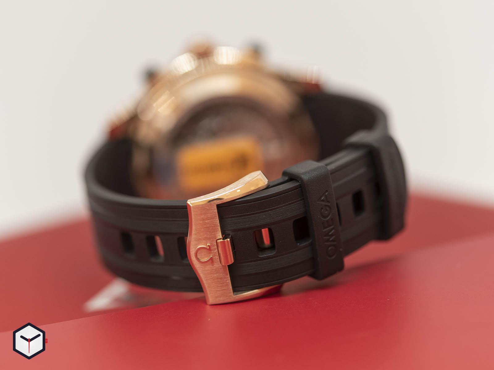 210-62-44-51-01-001-omega-seamaster-diver-300m-co-axial-master-chronometer-chronograph-6.jpg