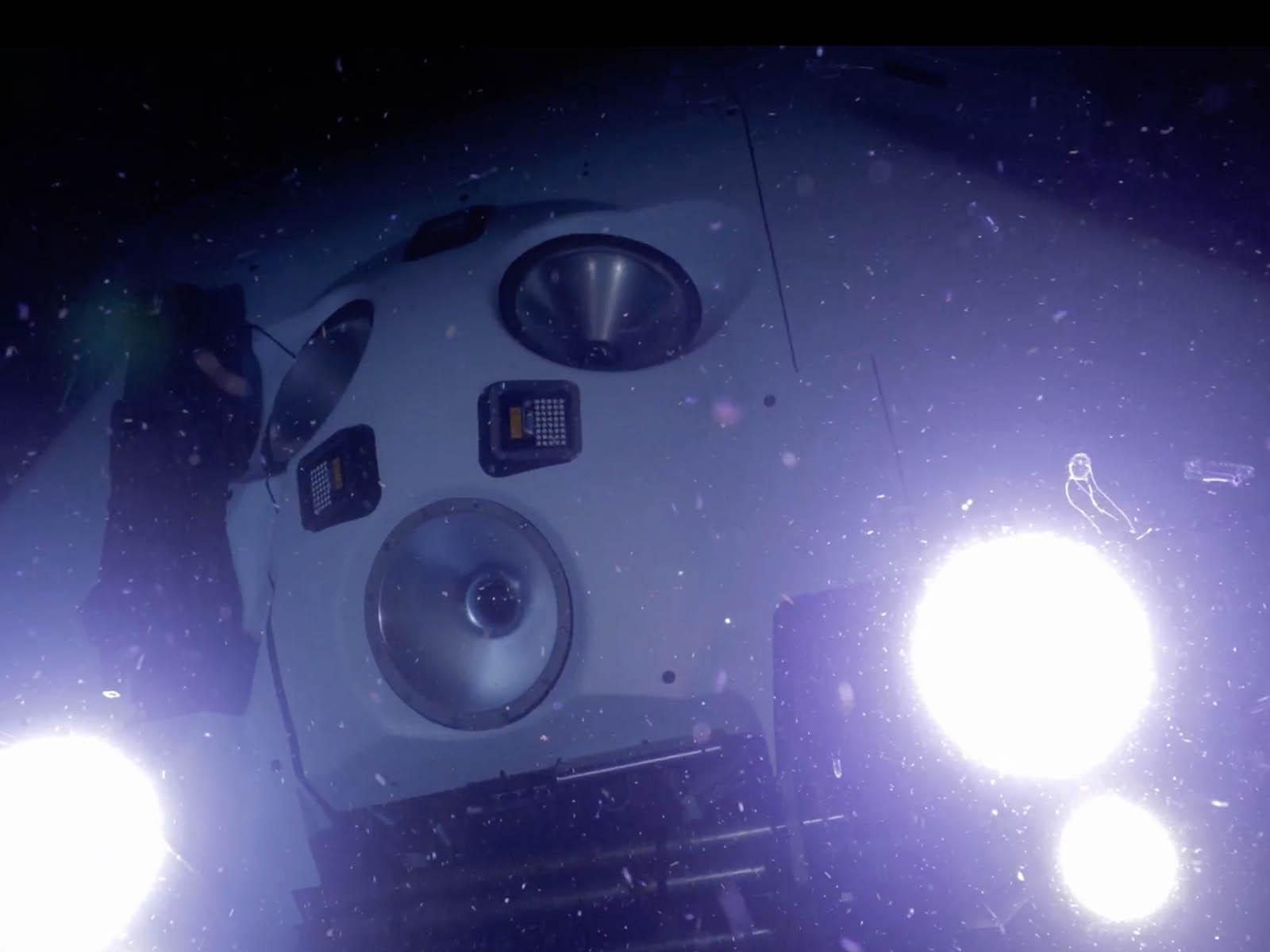 omega-seamaster-planet-ocean-ultra-deep-professional-13.jpg