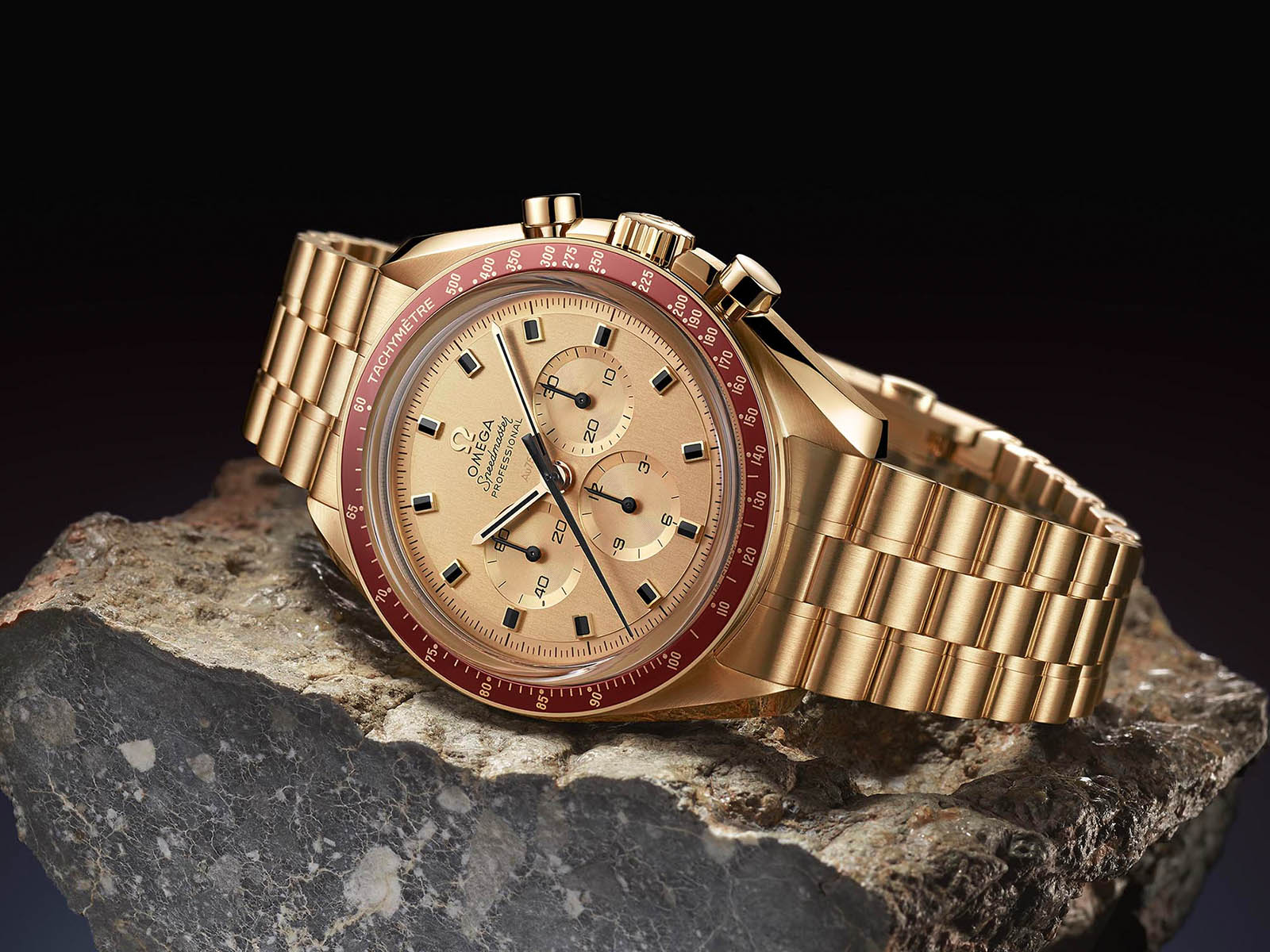 310-60-42-50-99-001-omega-speedmaster-apollo-11-50th-anniversary-8.jpg