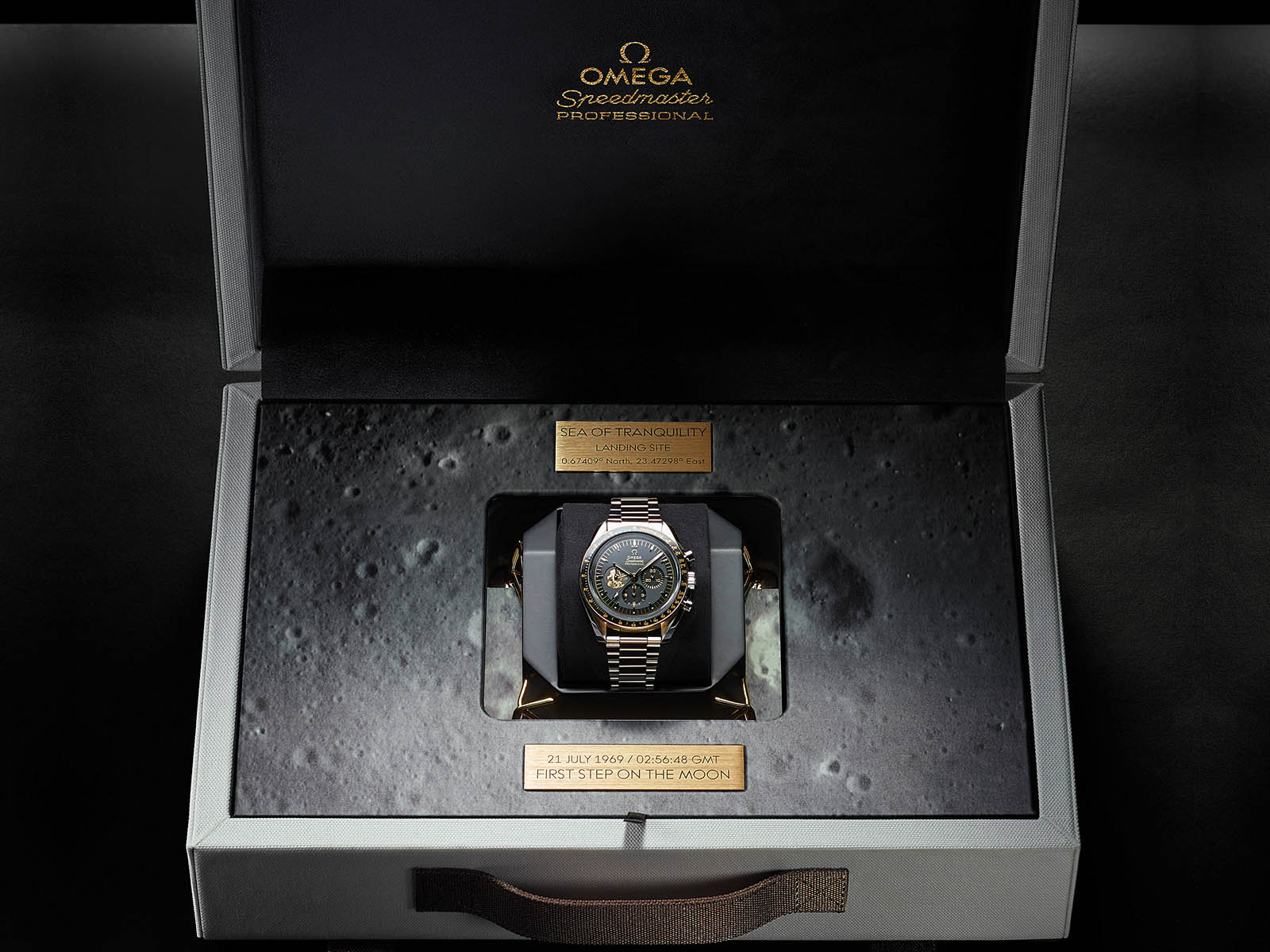 310-20-42-50-01-001-omega-speedmaster-apollo-11-50th-anniversary-limited-edition-7.jpg