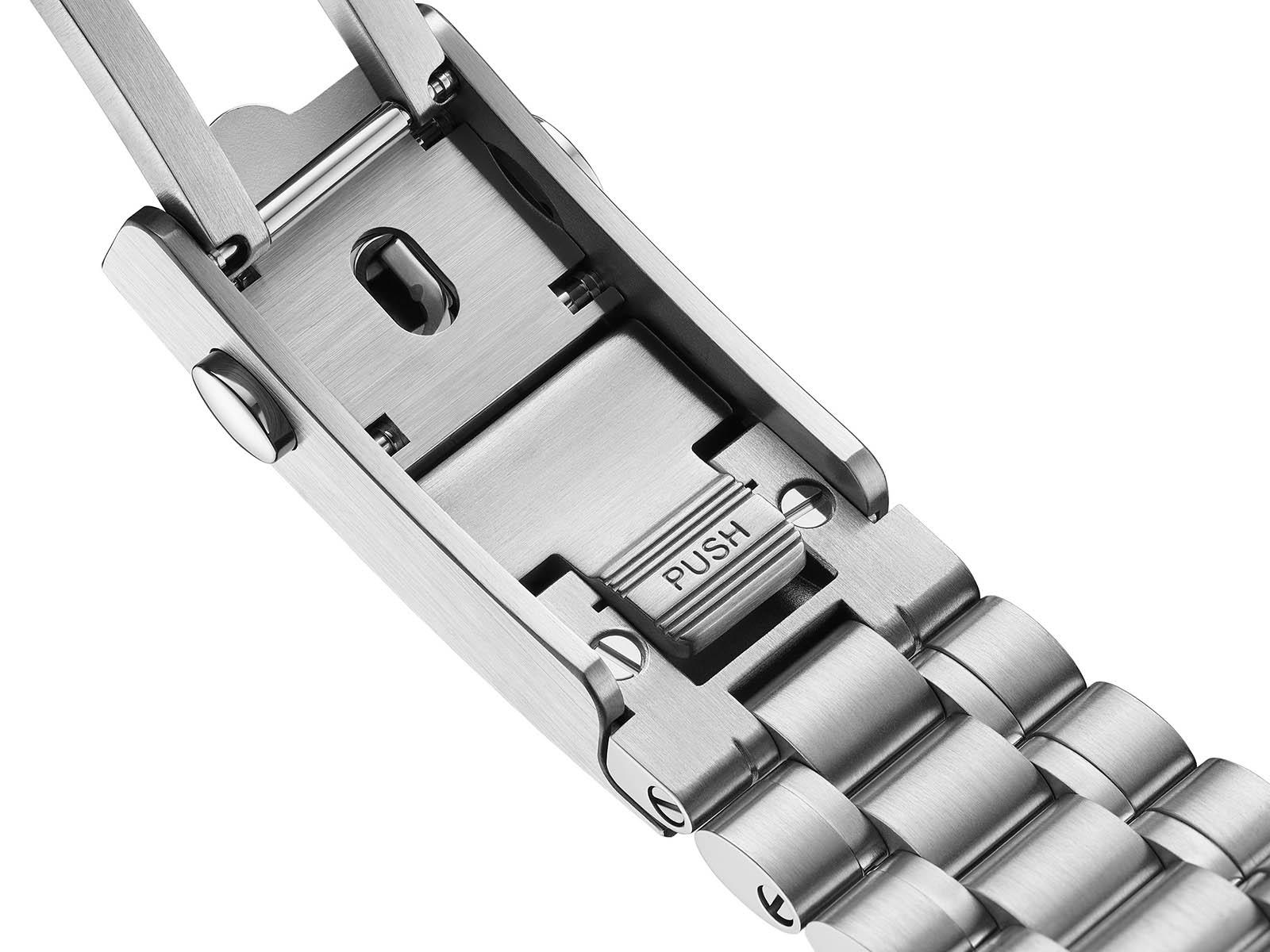 omega-speedmaster-chronoscope-co-axial-master-chronometer-chronograph-9.jpg
