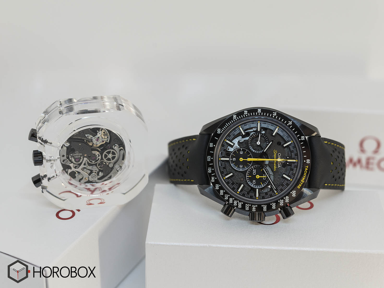311-92-44-30-01-001-omega-speedmaster-dark-side-of-the-moon-apollo-8-4.jpg