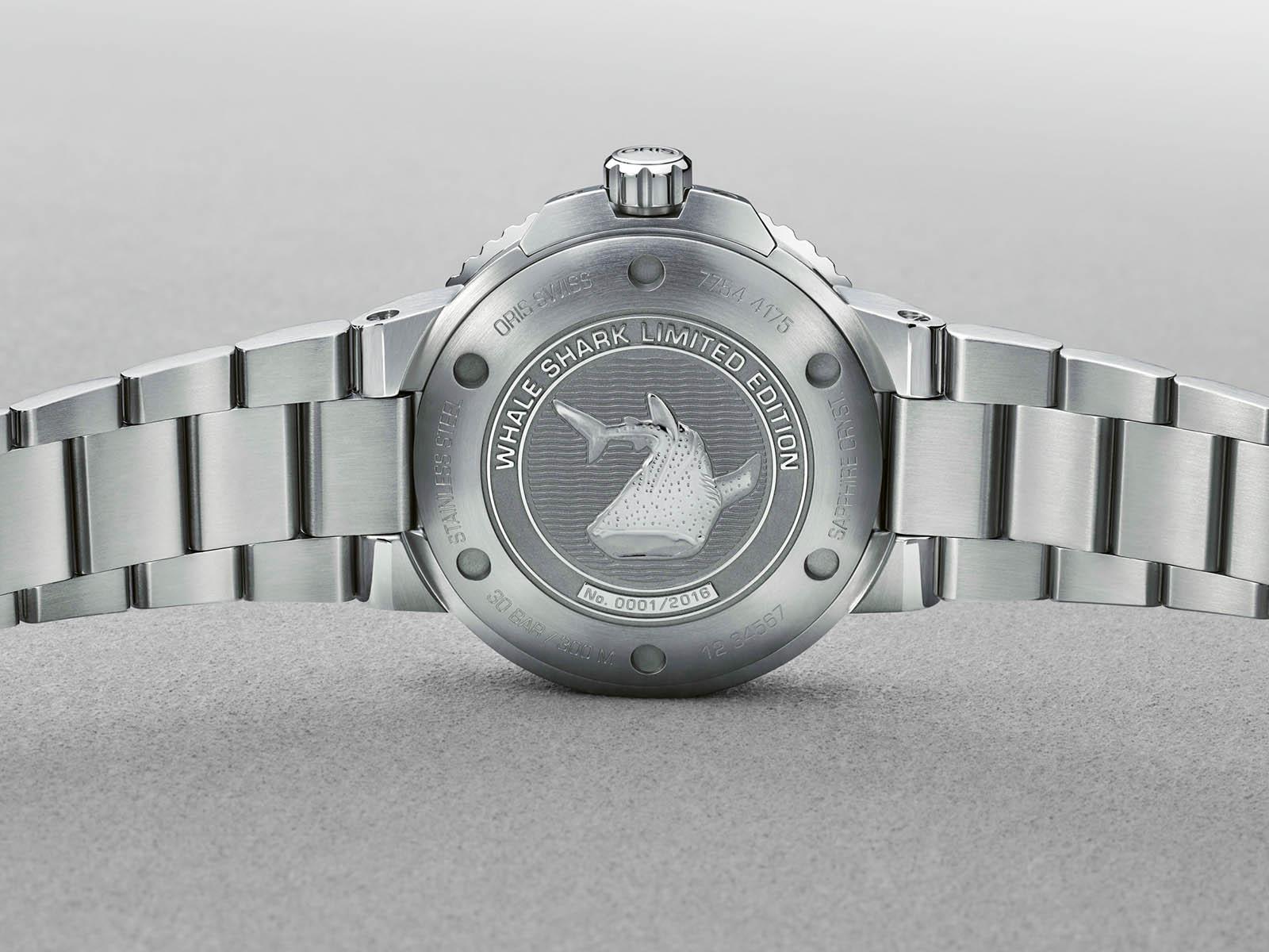 798-7754-4175-set-mb-oris-aquis-gmt-date-whale-shark-limited-edition-10.jpg
