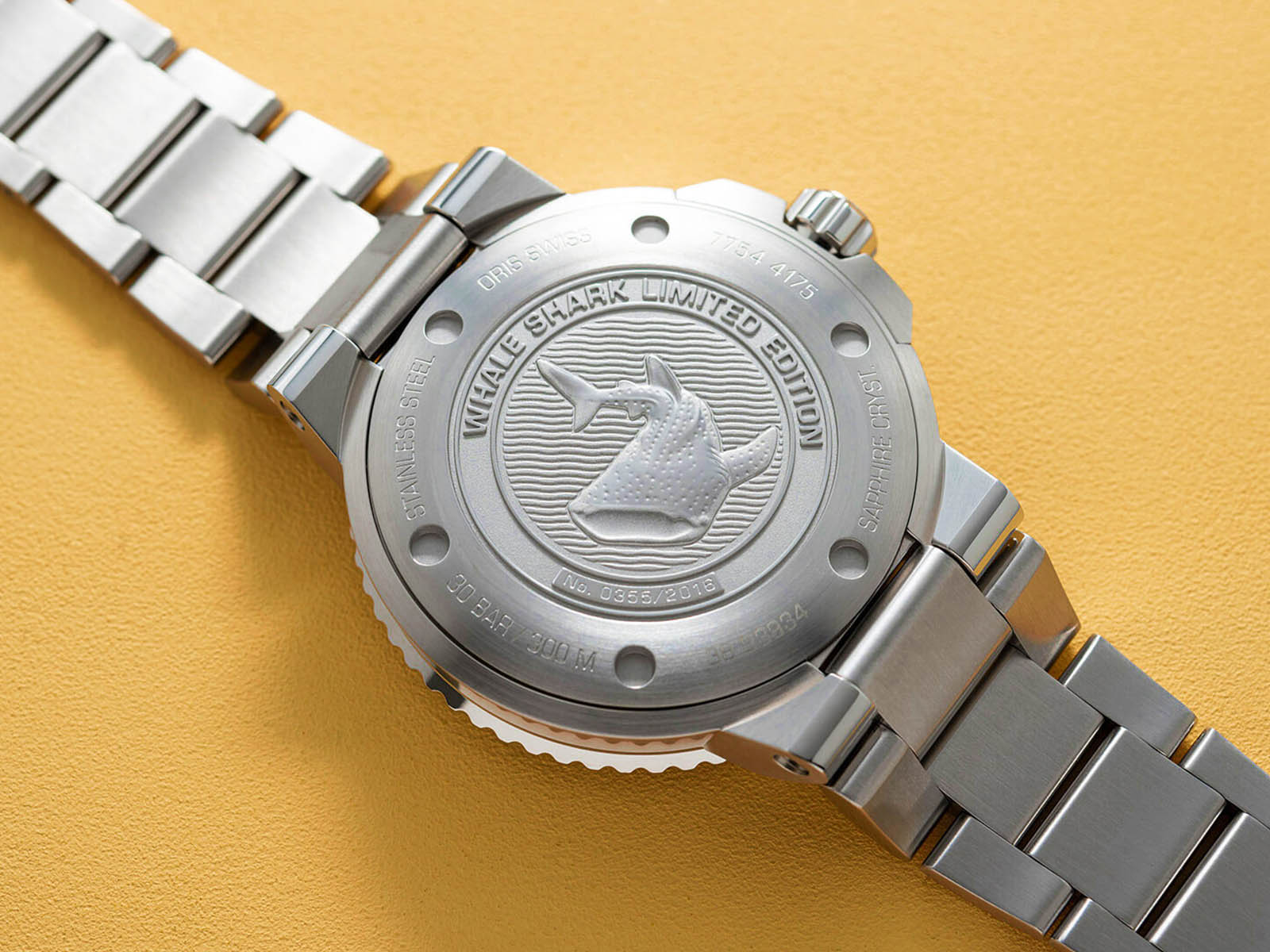 798-7754-4175-set-mb-oris-aquis-gmt-date-whale-shark-limited-edition-5.jpg