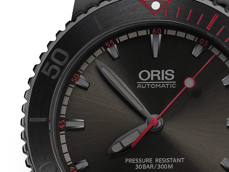 Oris-El-Hierro-Limited-Edition-Diver-3.jpg