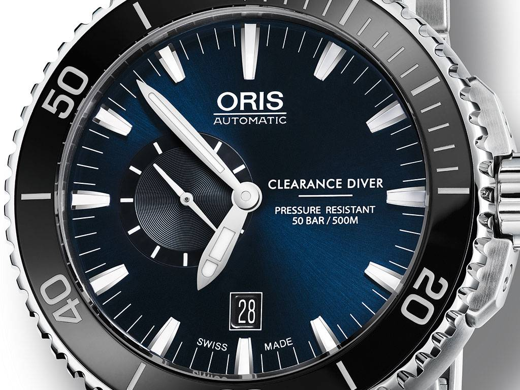 Oris-Royal-Navy-Clearance-Diver-Limited-Edition-4.jpg