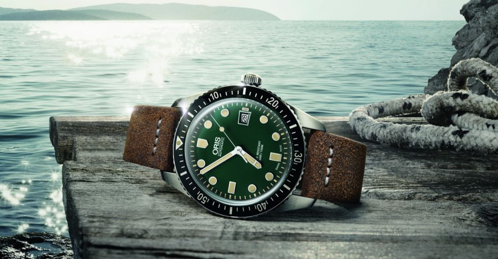 Oris-Divers-Sixty-Five-Green-1.jpg
