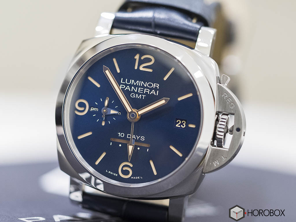 Officine-Panerai-Luminor-1950-GMT-PAM689-4-.jpg