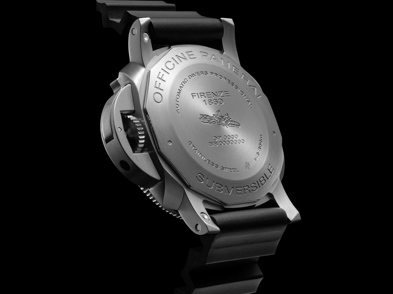 pam00683-officine-panerai-submersible-42mm-black-dial-6-.jpg