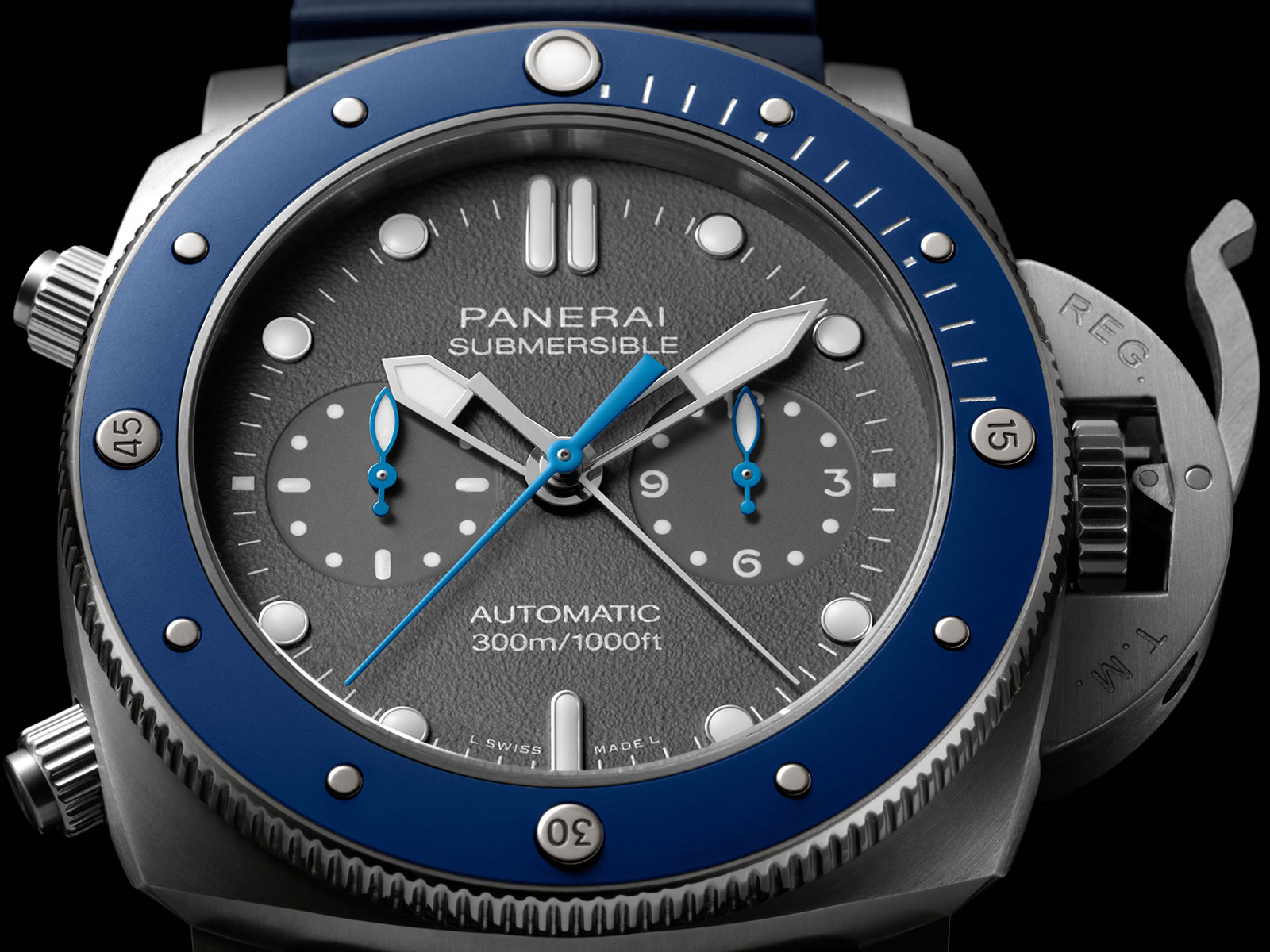 pam00982-officine-panerai-submersible-chrono-guillaume-nery-edition-grey-dial-2-.jpg