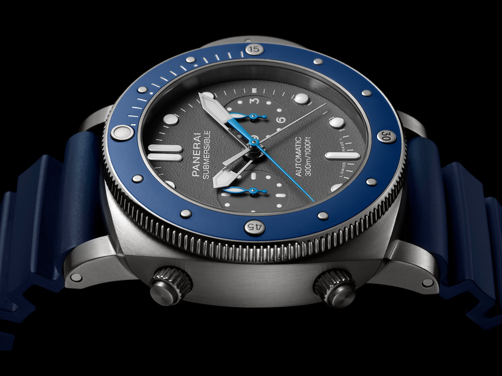 pam00982-officine-panerai-submersible-chrono-guillaume-nery-edition-grey-dial-3-.jpg