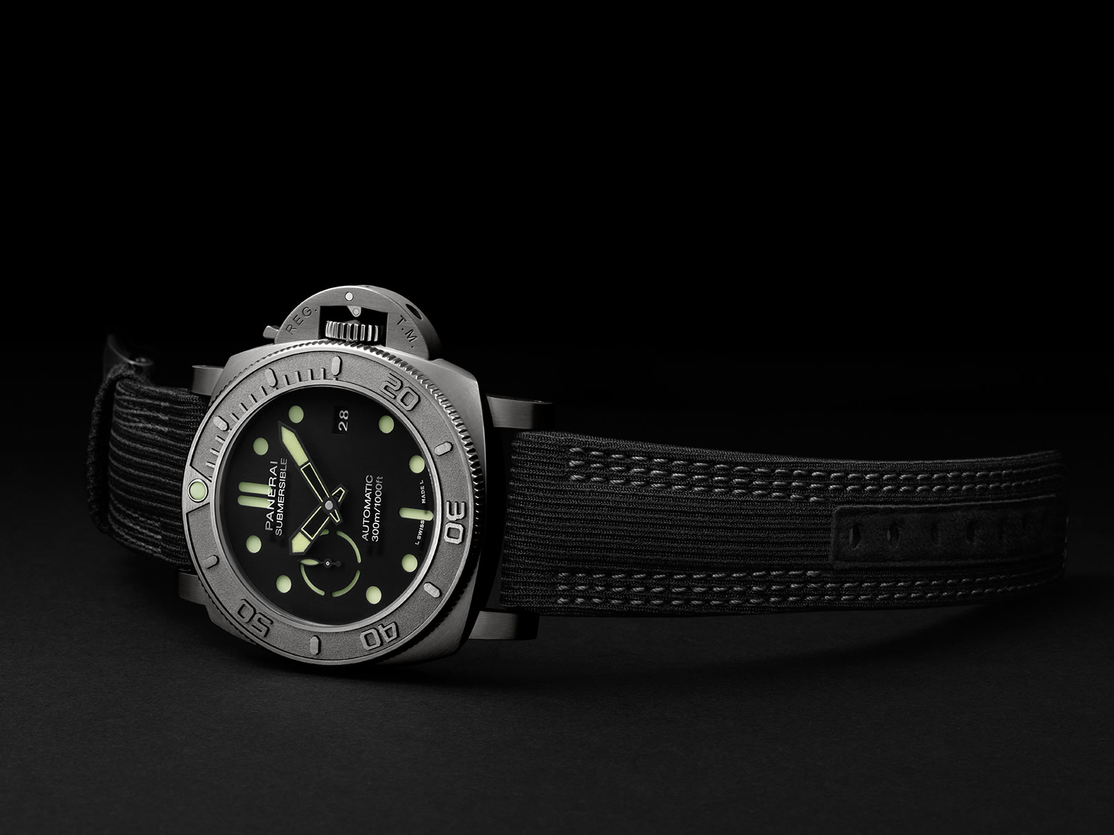 pam00984-officine-panerai-submersible-mike-horn-edition-47mm-1-.jpg