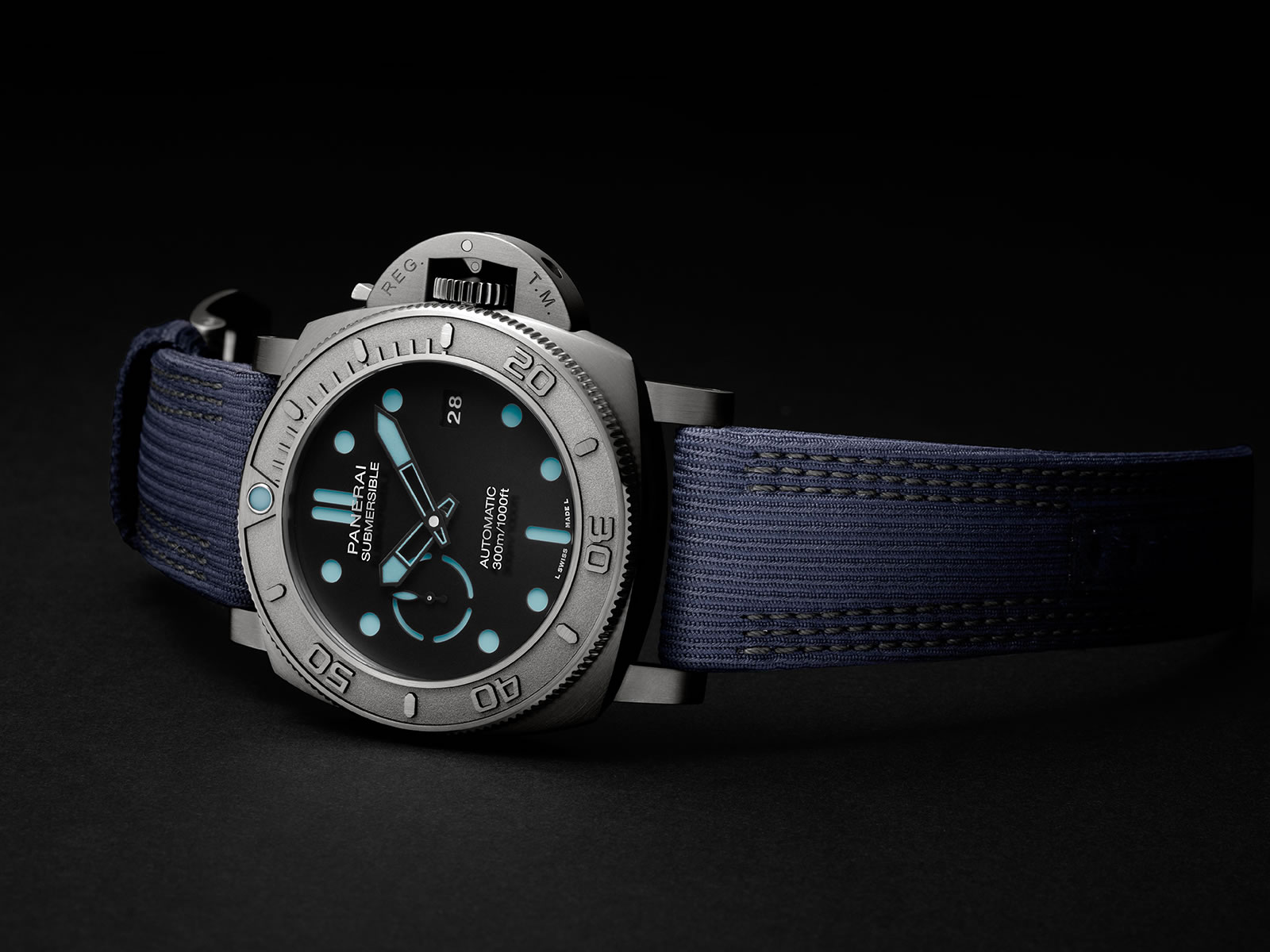 pam00985-officine-panerai-submersible-mike-horn-edition-47mm-1-.jpg