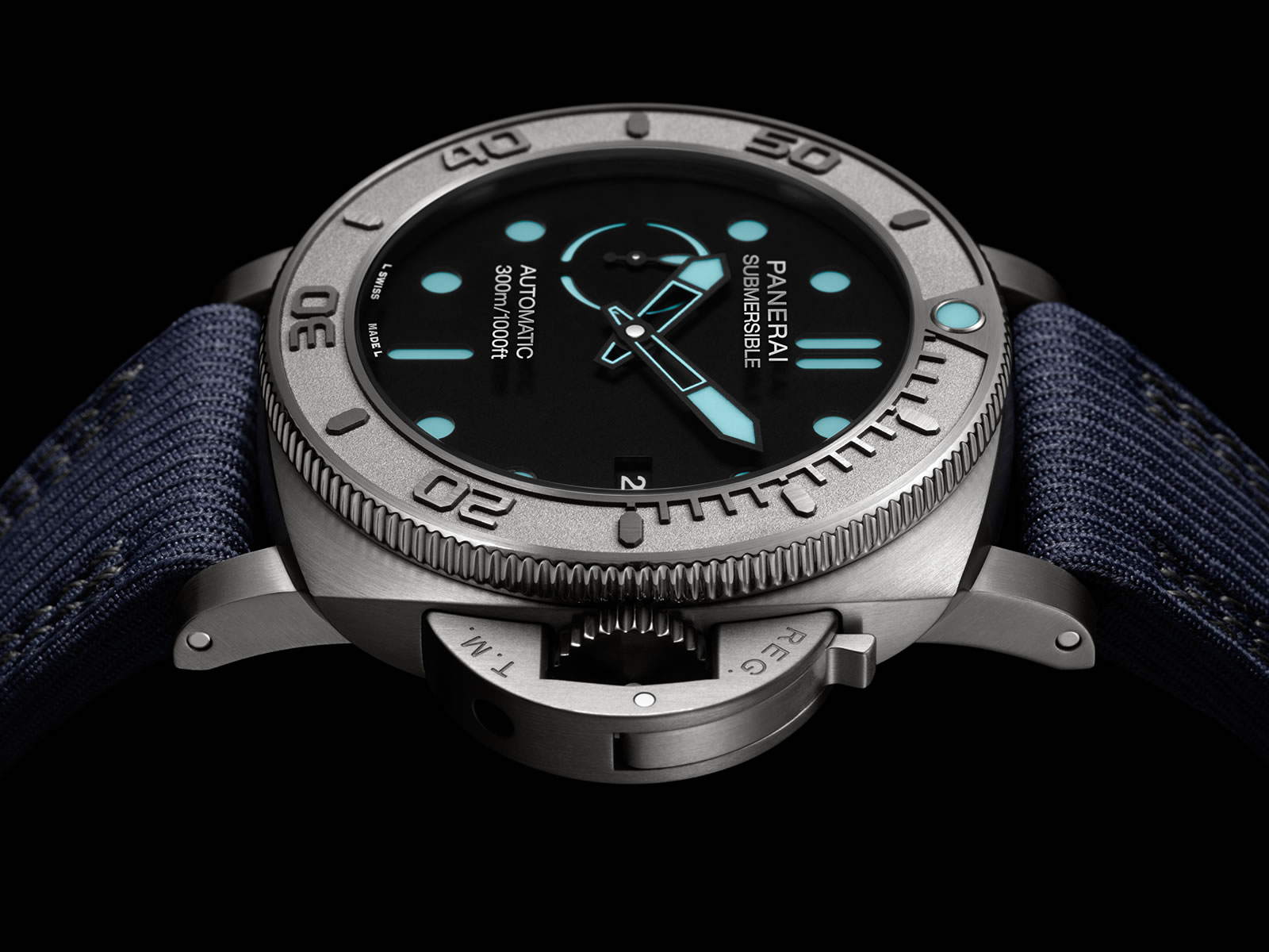 pam00985-officine-panerai-submersible-mike-horn-edition-47mm-3-.jpg