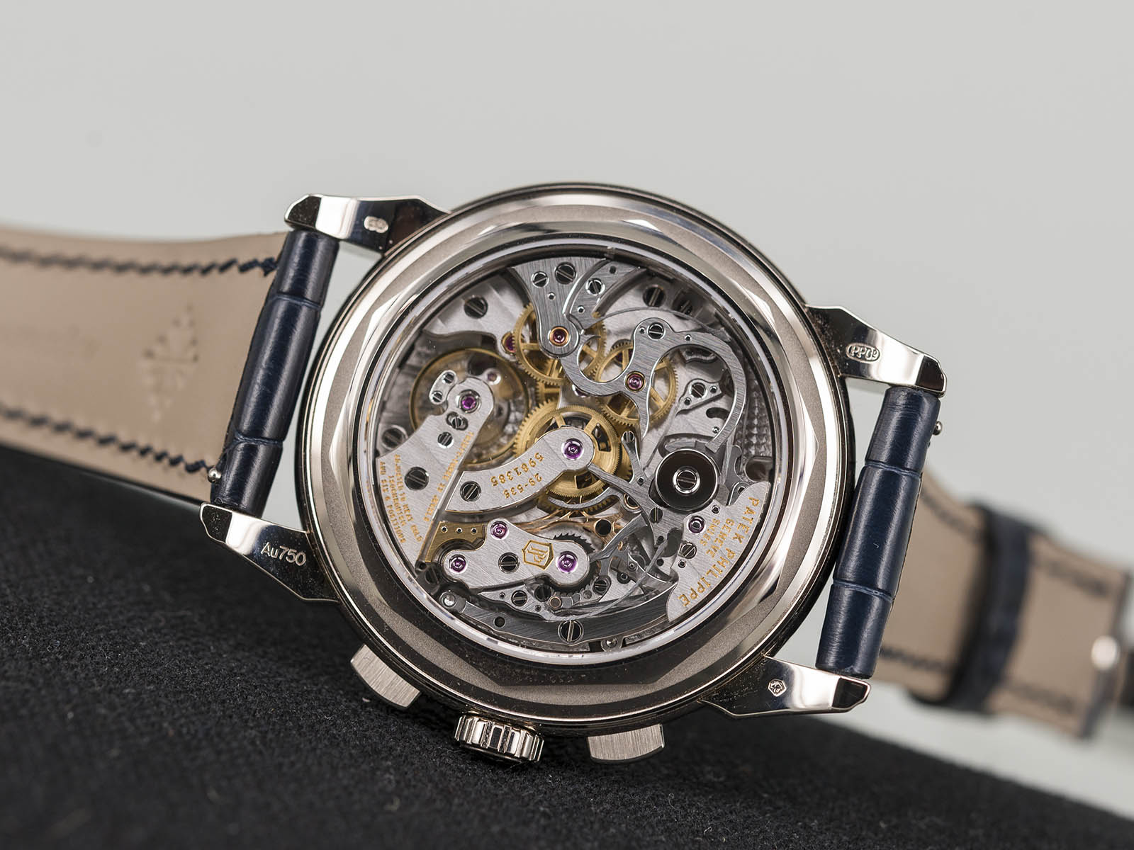Patek-Philippe-Grand-Complications-5270-6.jpg