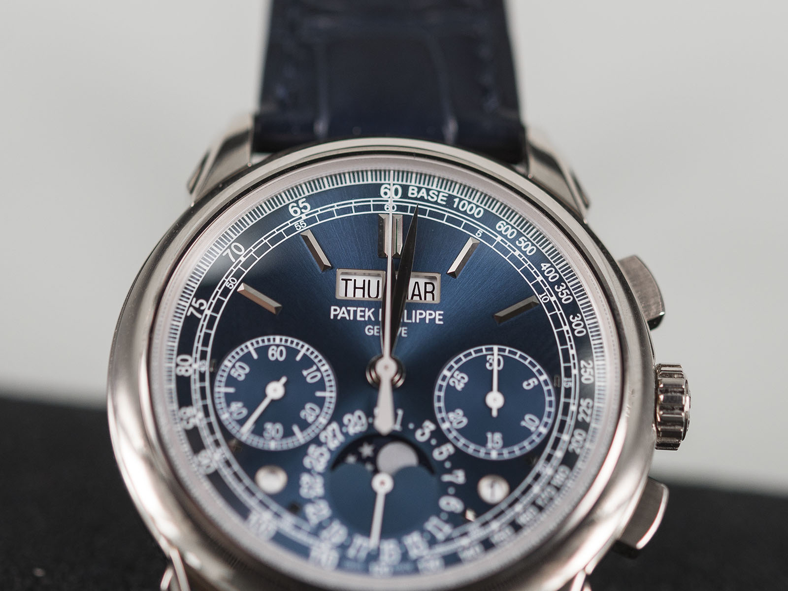 Patek-Philippe-Grand-Complications-5270-7.jpg