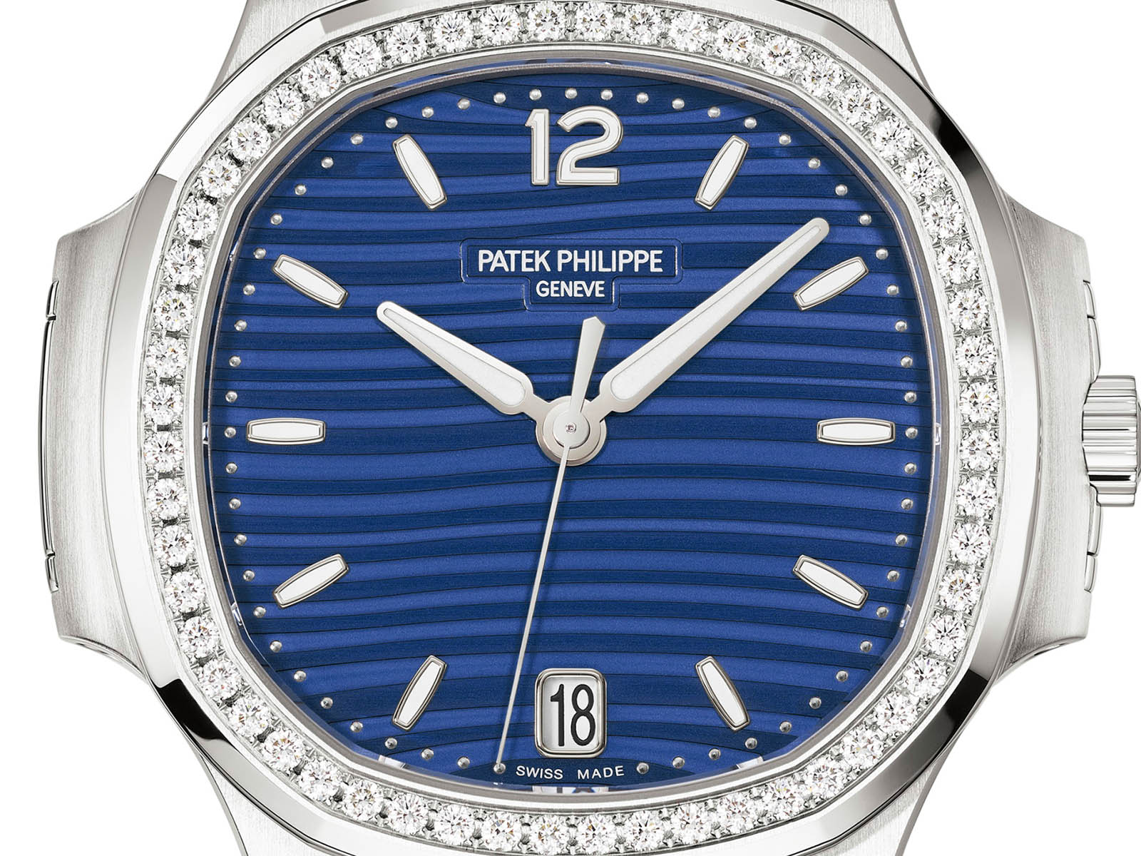 7118-1200a-001-patek-philippe-nautilus-ladies-automatic-2.jpg