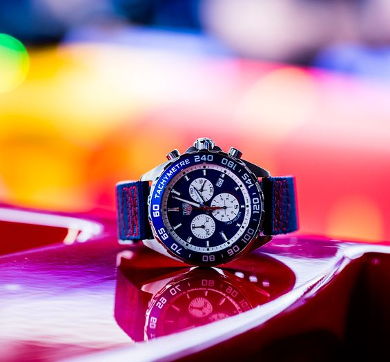 Red-Bull-Racing-Chronograph-Formula-1-TAG-Heuer-1.jpg