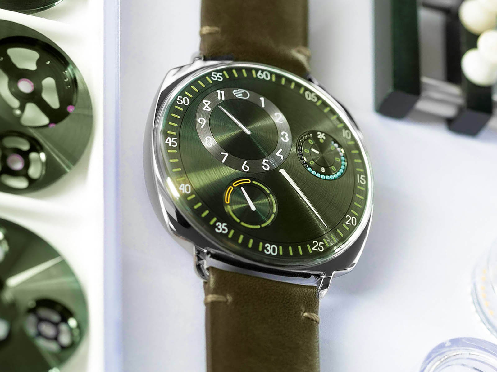 ressence-type-1-squared-x-time-by-colour-2.jpg