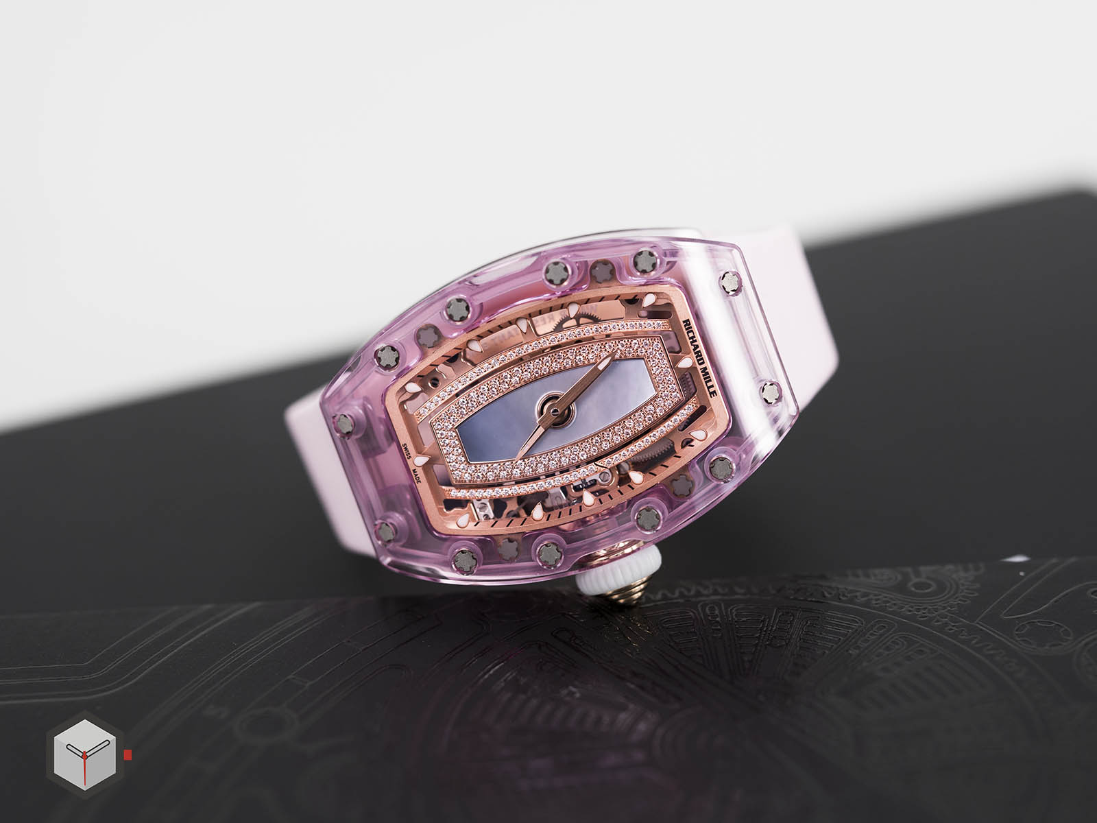 rm-07-02-richard-mille-automatic-pink-lady-sapphire-4.jpg