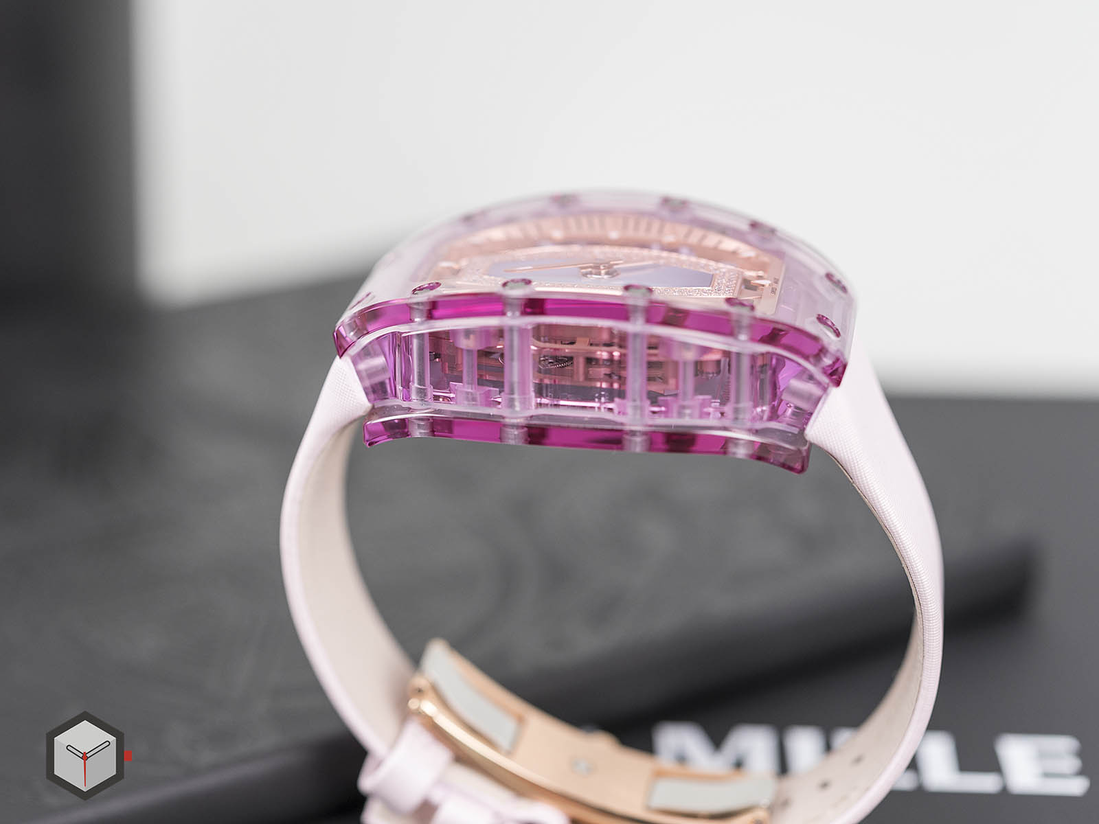 rm-07-02-richard-mille-automatic-pink-lady-sapphire-7.jpg
