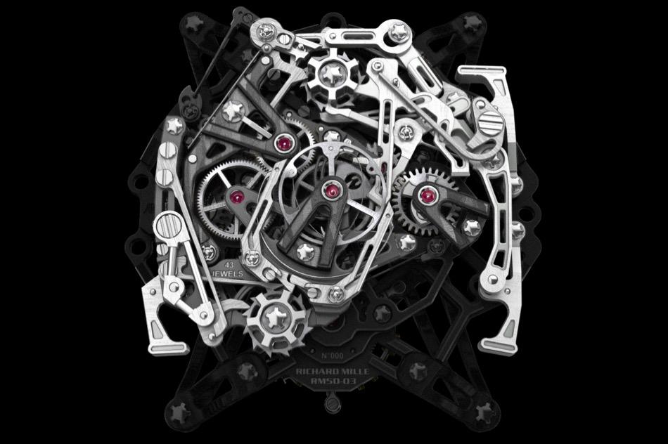 RM-50-03-Ultralight-McLaren-F1-3.jpg
