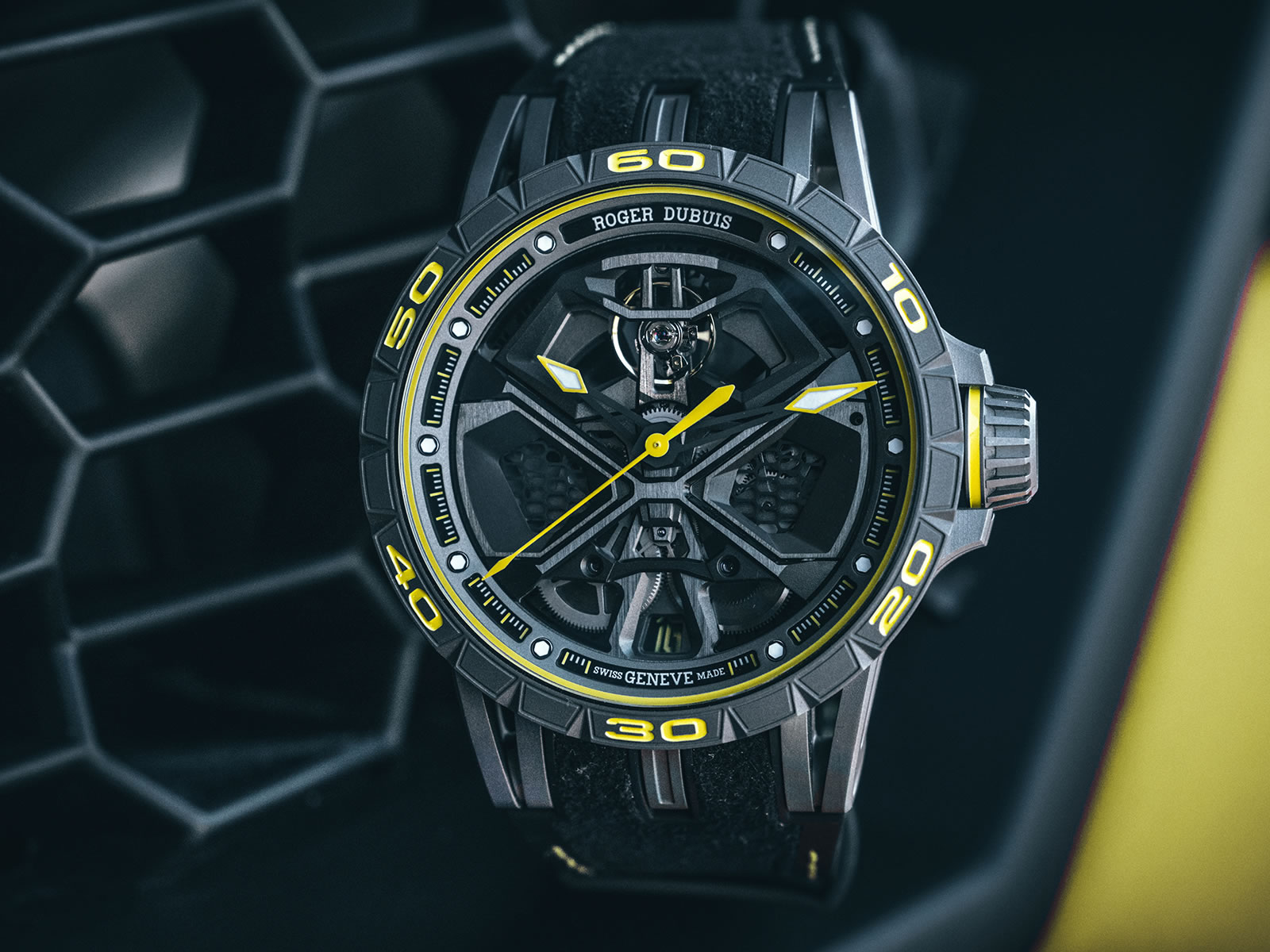 rddbex0792-roger-dubuis-excalibur-huracan-performante-11-.jpg