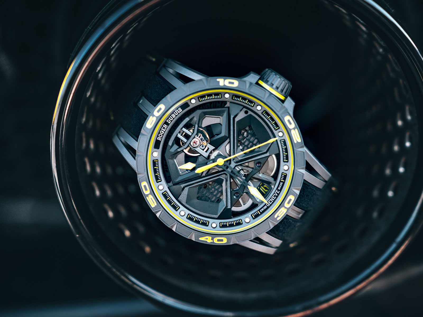 rddbex0792-roger-dubuis-excalibur-huracan-performante-13-.jpg