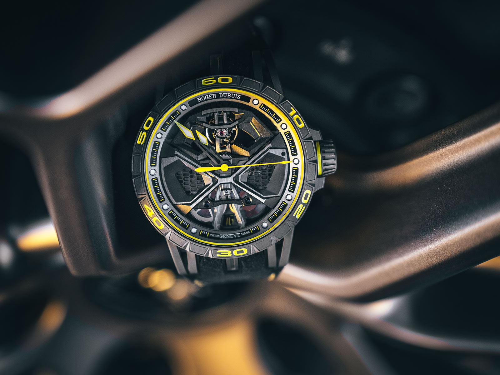 rddbex0792-roger-dubuis-excalibur-huracan-performante-4-.jpg