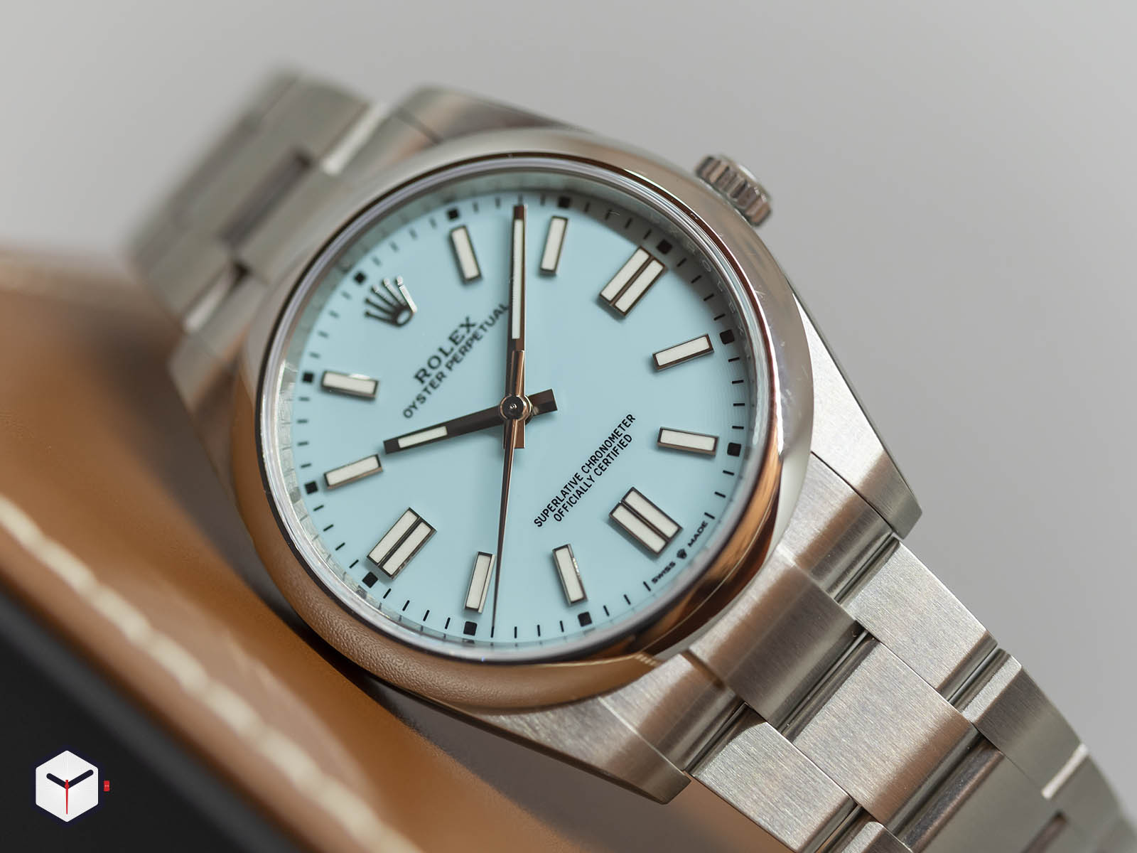 rolex-oyster-perpetual-36mm-2020-2.jpg