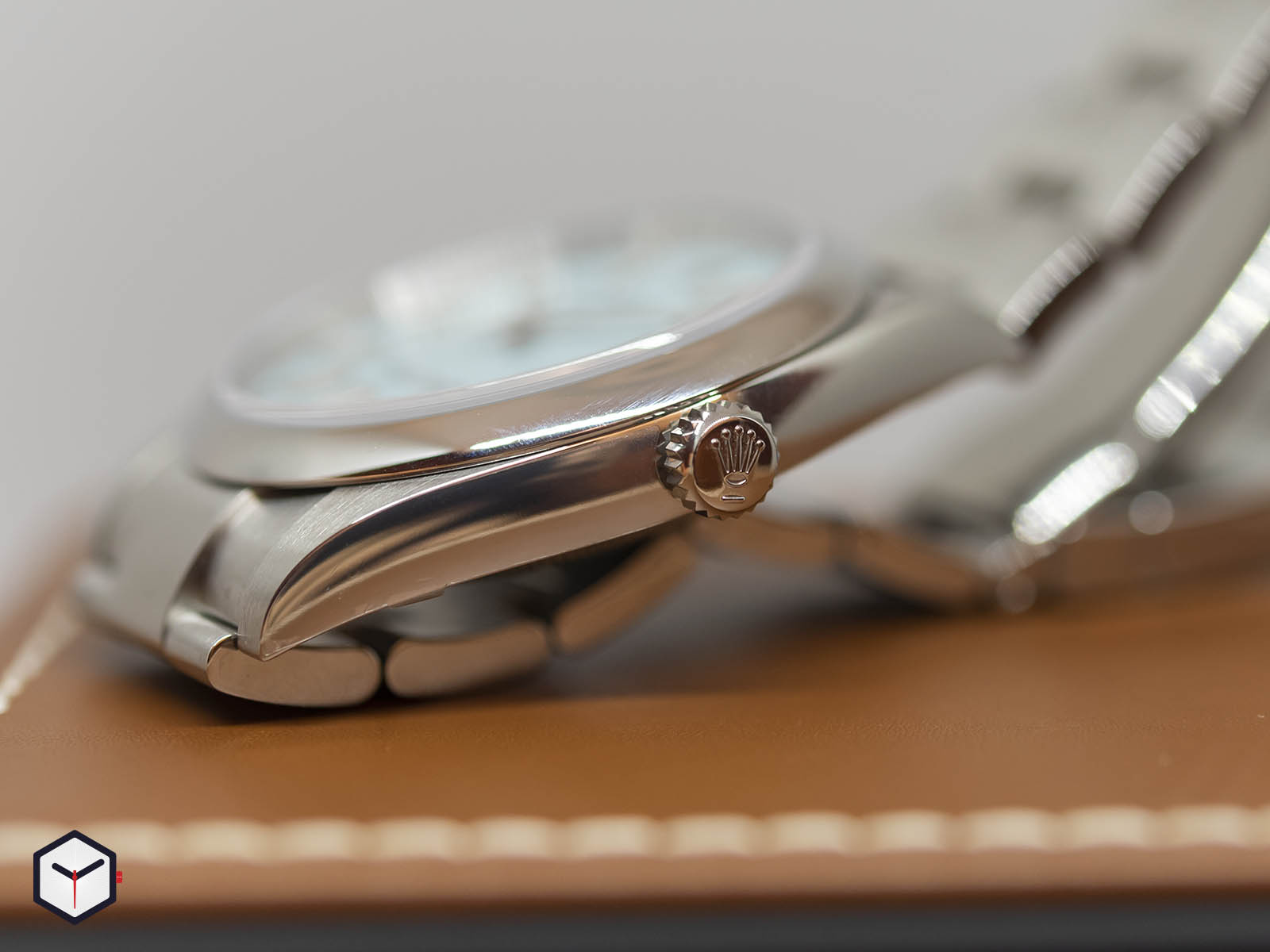 rolex-oyster-perpetual-36mm-2020-5.jpg