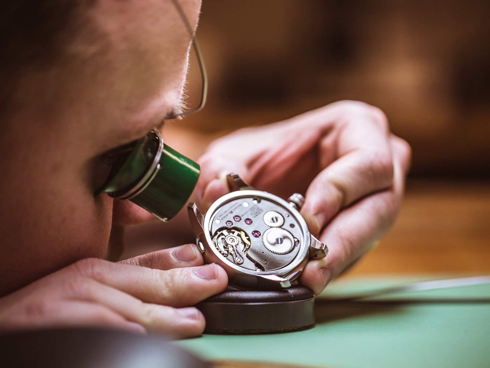 watch-maintenance-1-.jpg
