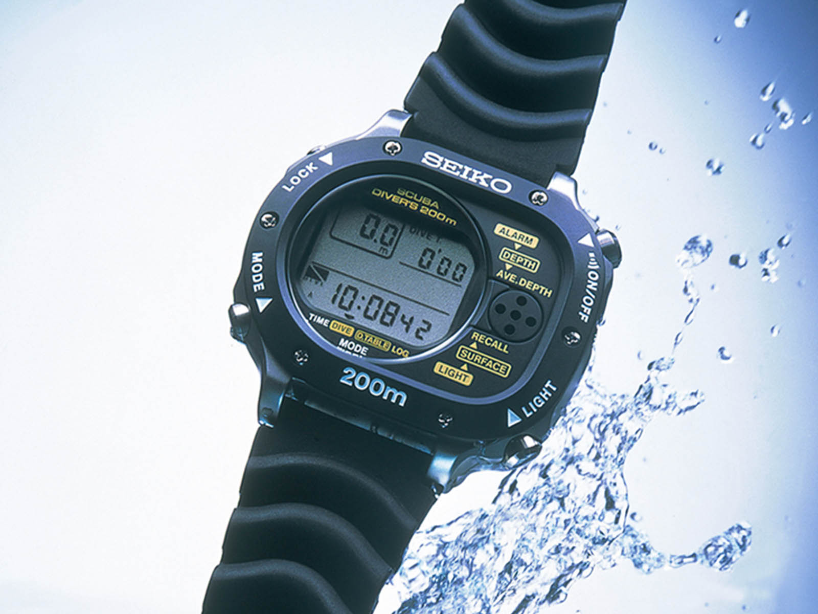 seiko-scubamaster-cal-m726-the-world-s-first-computerized-diver-s-watch-1990.jpg