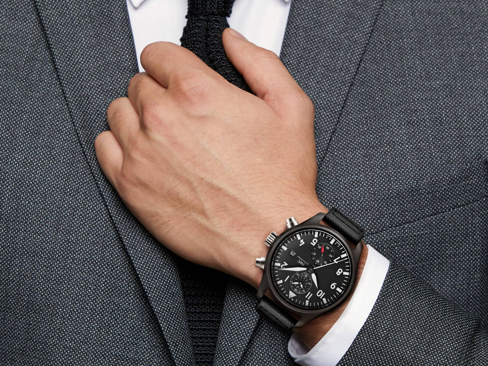 iw389001-iwc-pilot-s-watch-chronograph-top-gun-2-.jpg