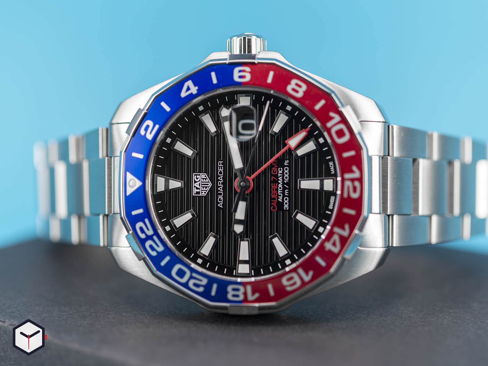 way201f-ba0927-tag-heuer-aquaracer-caliber-7-gmt-3.jpg