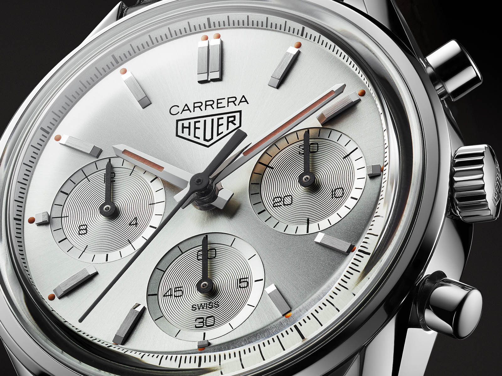 cbk221b-fc6479-tag-heuer-carrera-160-years-silver-limited-edition-3.jpg