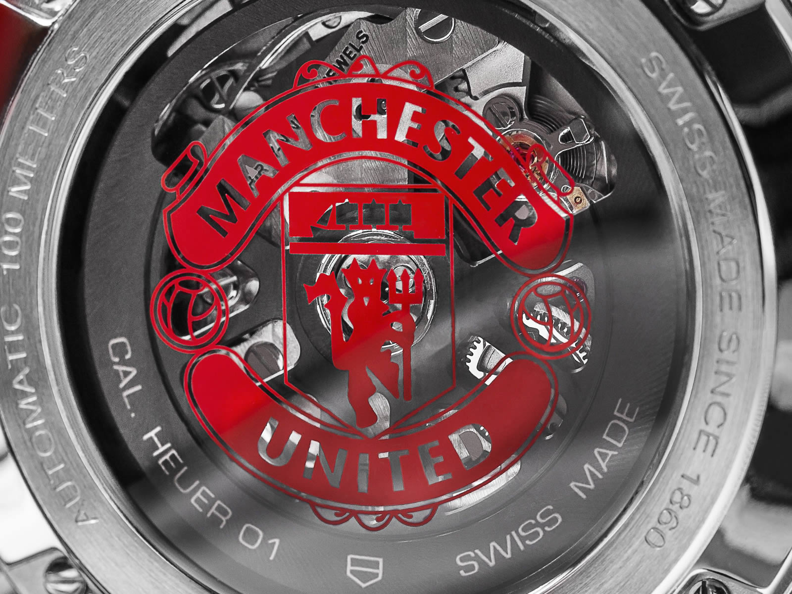 car201m-ft6156-tag-heuer-carrera-heuer-01-manchester-united-special-edition-7-.jpg
