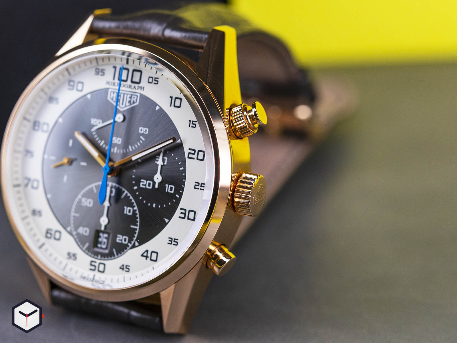 tag-heuer-carrera-mikrograph-1-100th-of-a-second-chronograph-4.jpg