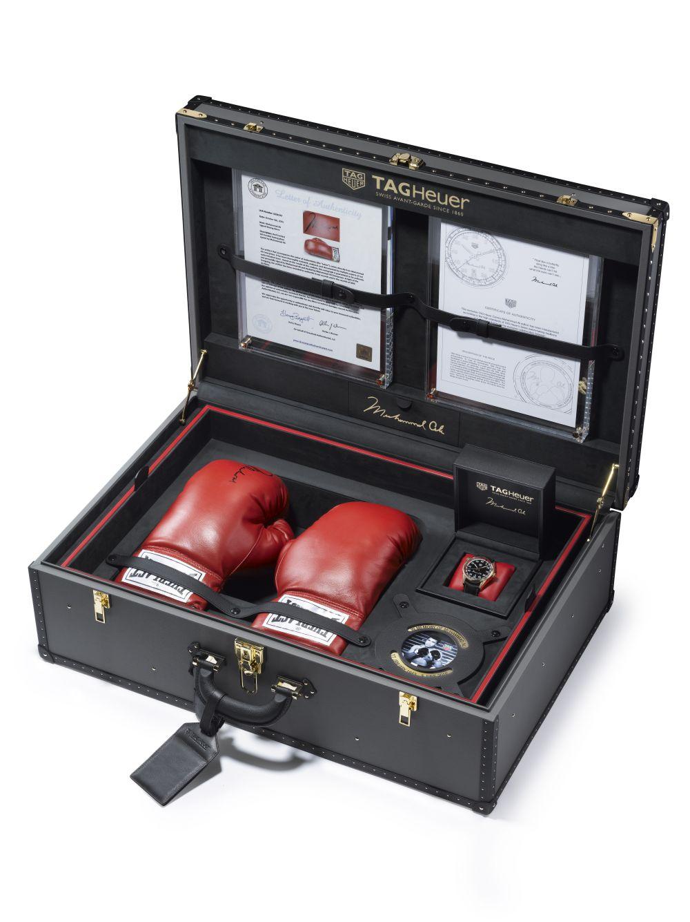 Tag-Heuer-Carrera-Calibre-5-Ring-Master-Muhammad-Ali-4.jpg