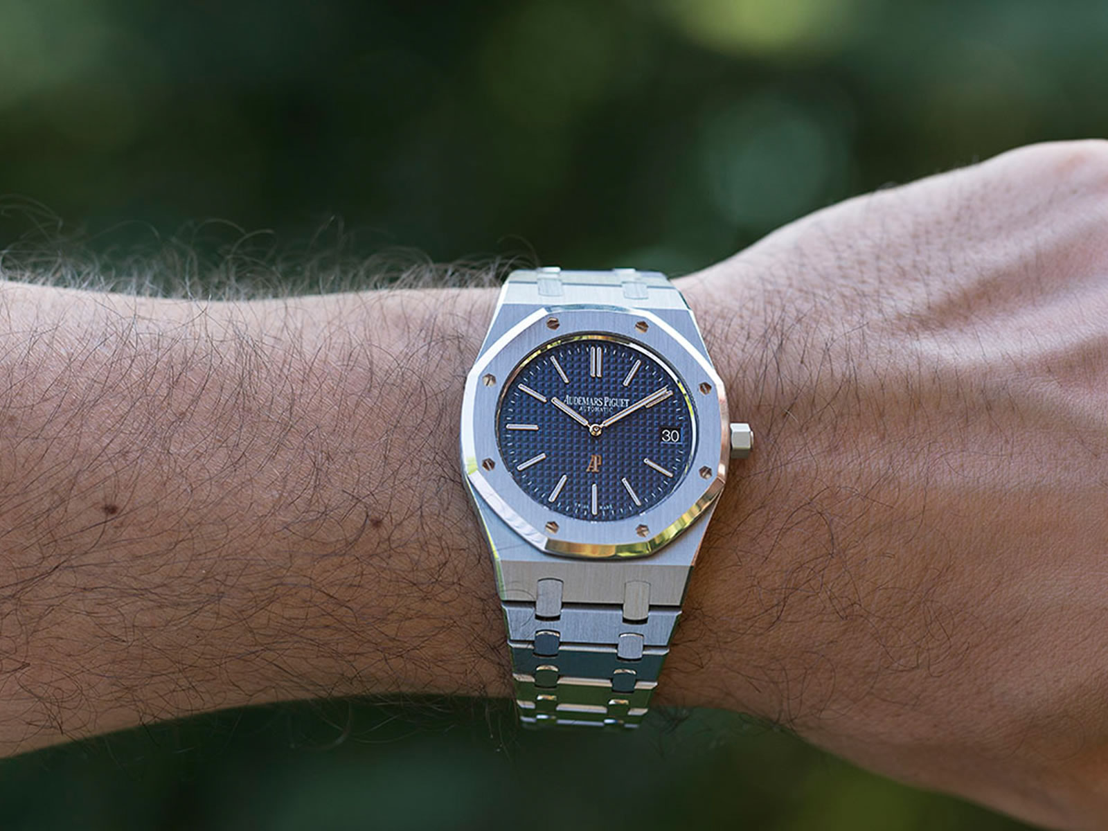15202-audemars-piguet-royal-oak-jumbo.jpg