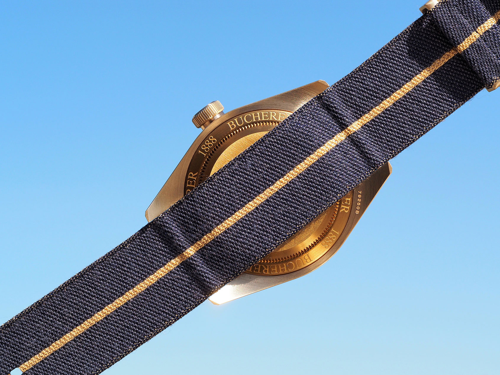 Tudor-Black-Bay-Bronze-Blue-Bucherer-4.jpg