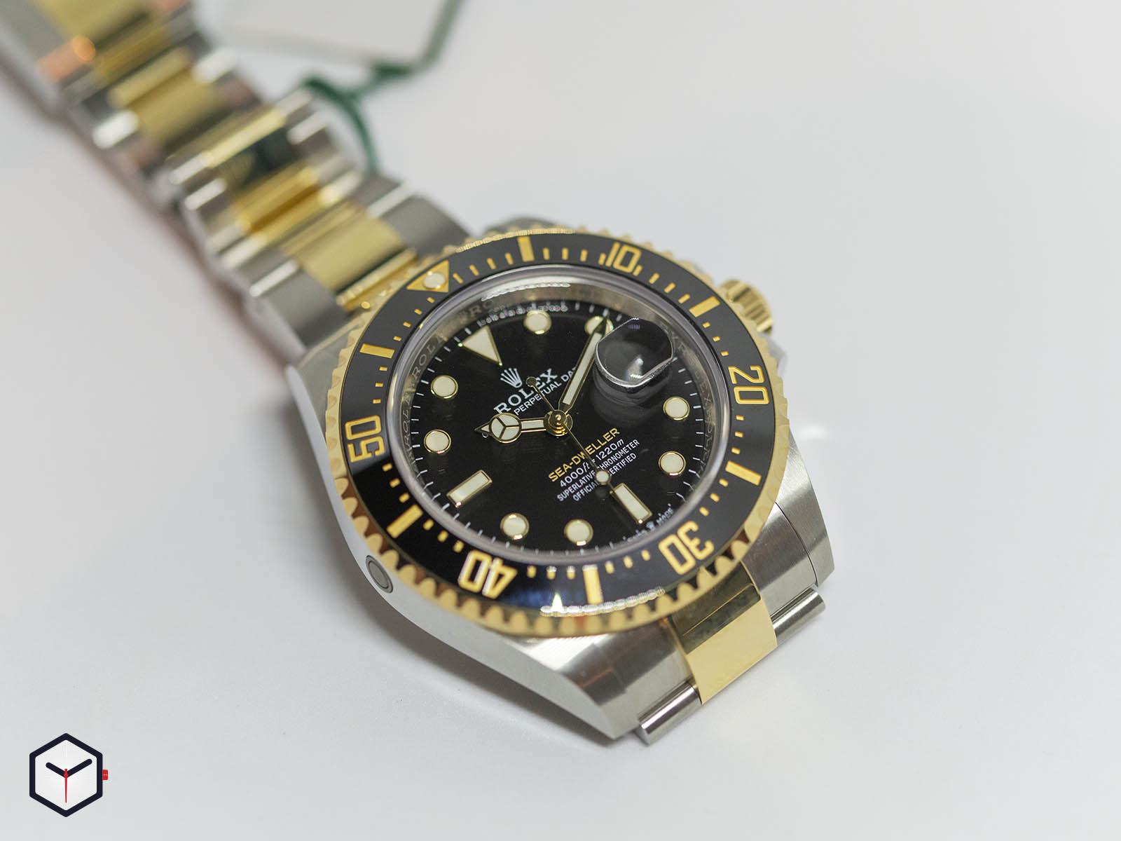two-tone-watches-126603-rolex-sea-dweller-two-tone-1.jpg