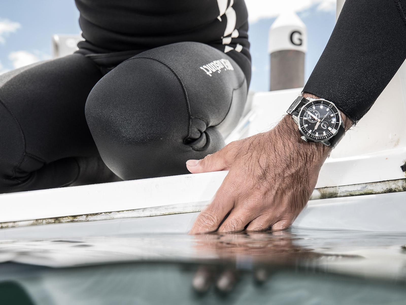 ulysse-nardin-diver-chronometer-2018-models-12-.jpg