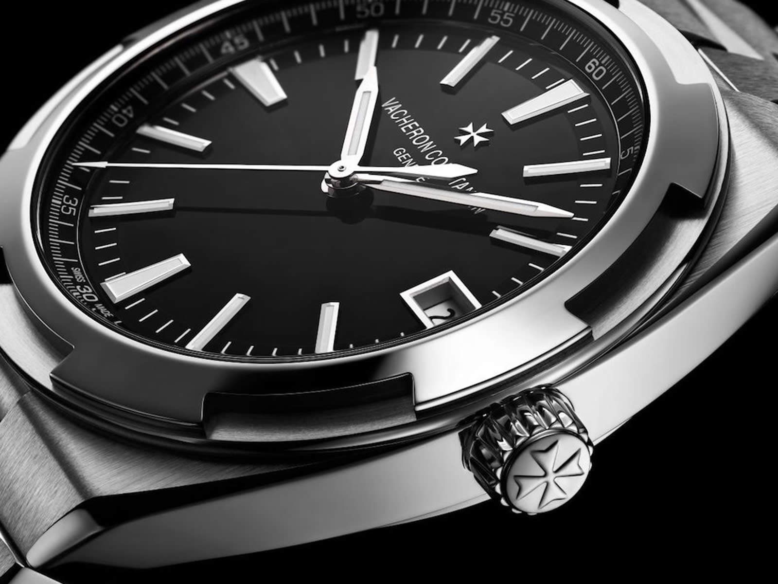 vacheron-constantin-overseas-automatic-chronograph-black-dial-3-.jpg