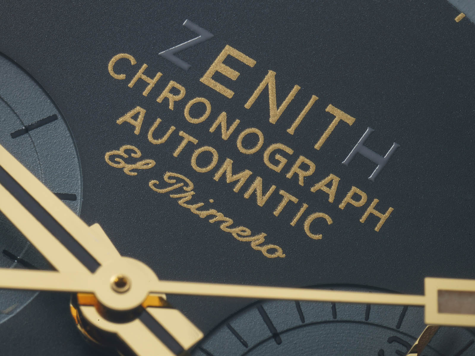 03-l384-0-400-20-m384-zenith-chronomaster-revival-lupin-the-third-unique-piece-2.jpg