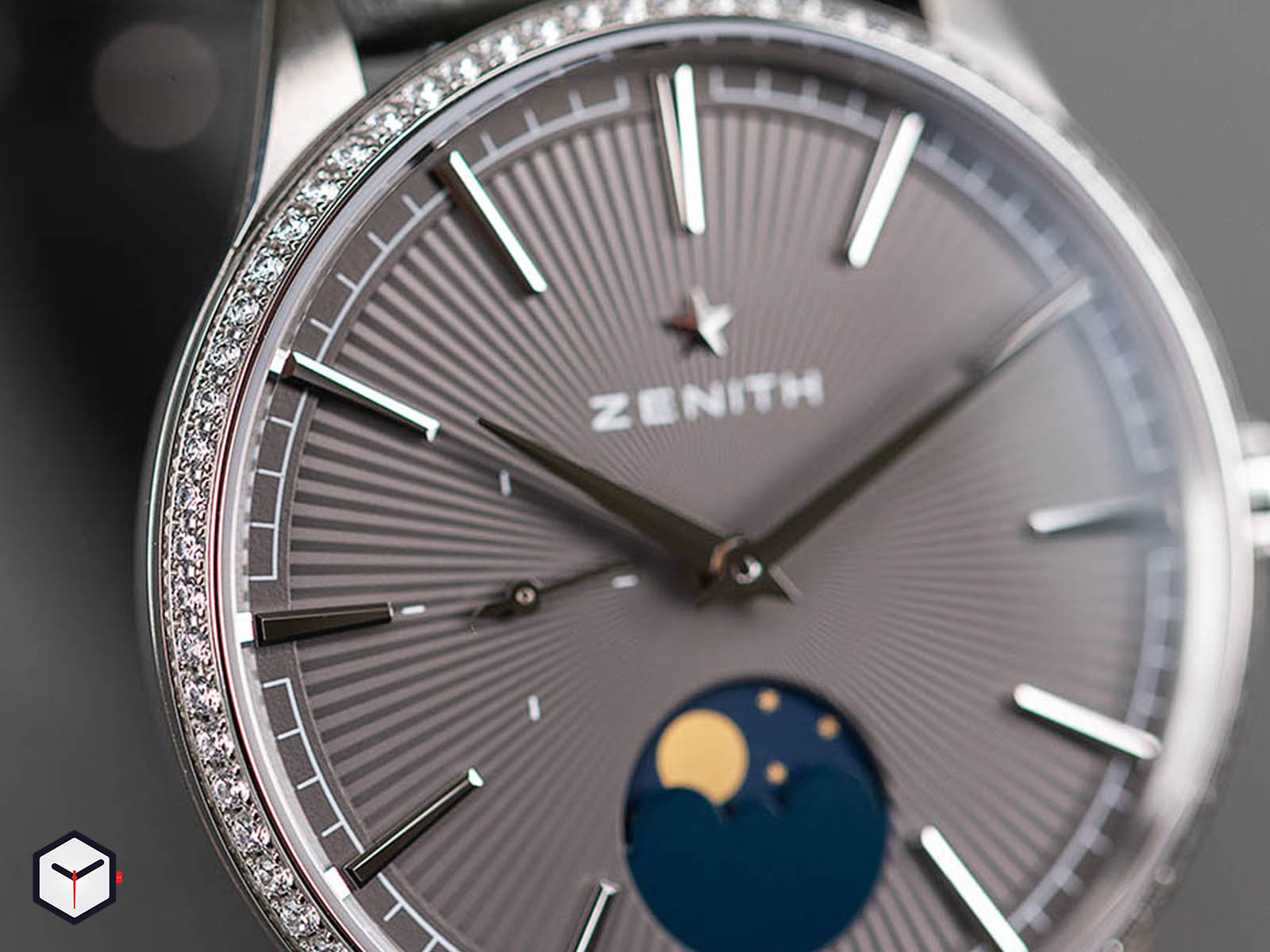 16-3200-692-03-c833-zenith-elite-moonphase-9.jpg