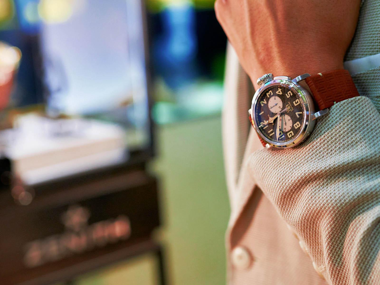 zenith-pilot-type-20-chronograph-trinidad-edition-3.jpg