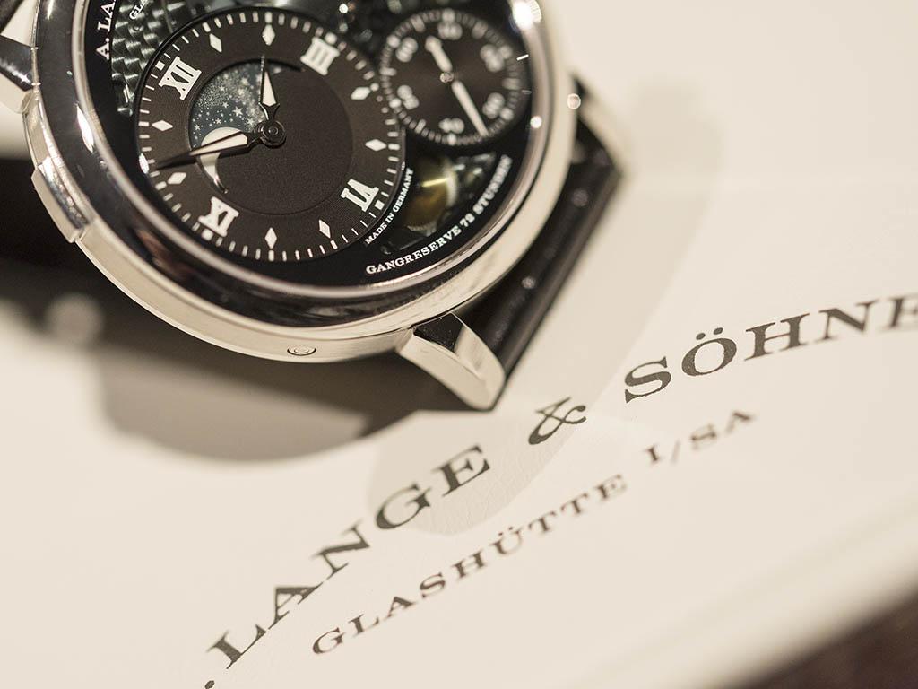A-Lange-Sohne-GRAND-LANGE-1-MOON-PHASE-Lumen-4.jpg