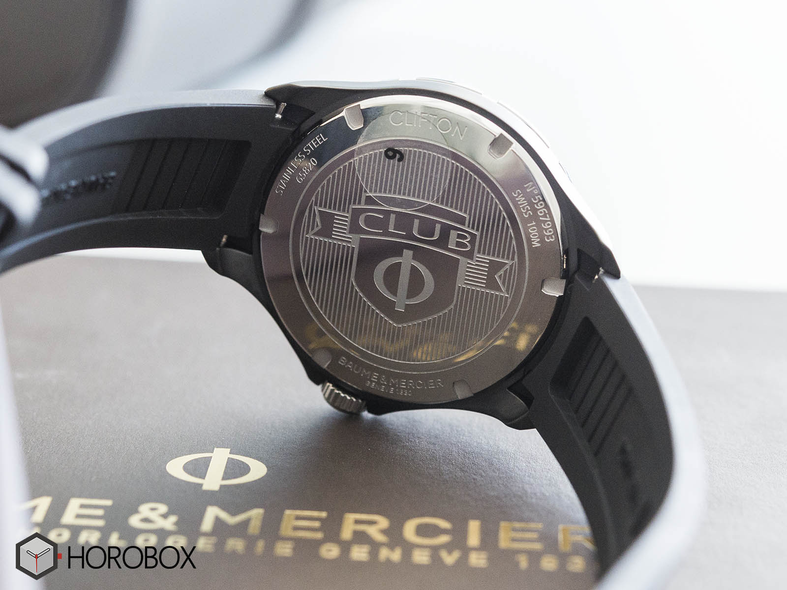 baume-mercier-clifton-club-10339-7-.jpg